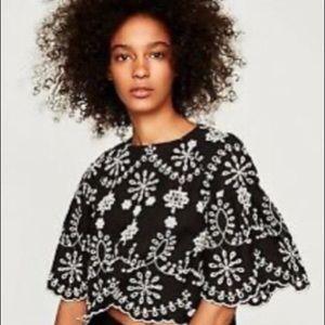 Zara eyelet crop top black white XS